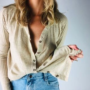 URBAN OUTFITTERS | Oversized Thermal Button Down
